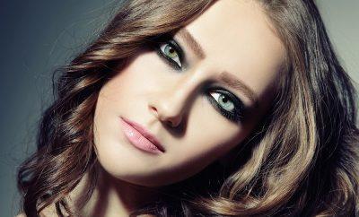 goz makyaji 8 400x242 - Buğulu Göz Makyajı Ve Modelleri