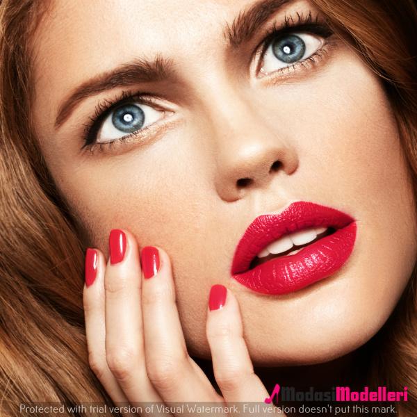 kırmızı ruj makyajları4 - Kırmızı Ruj Makyajları Ve Modelleri