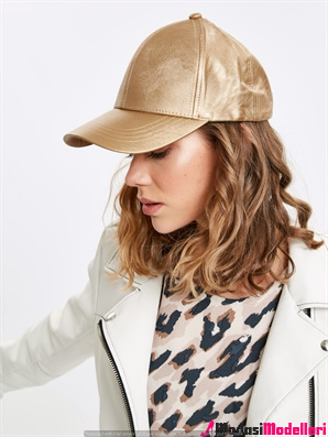hm sapka 7 - Hm Şapka Modelleri Ve Şapka Modası